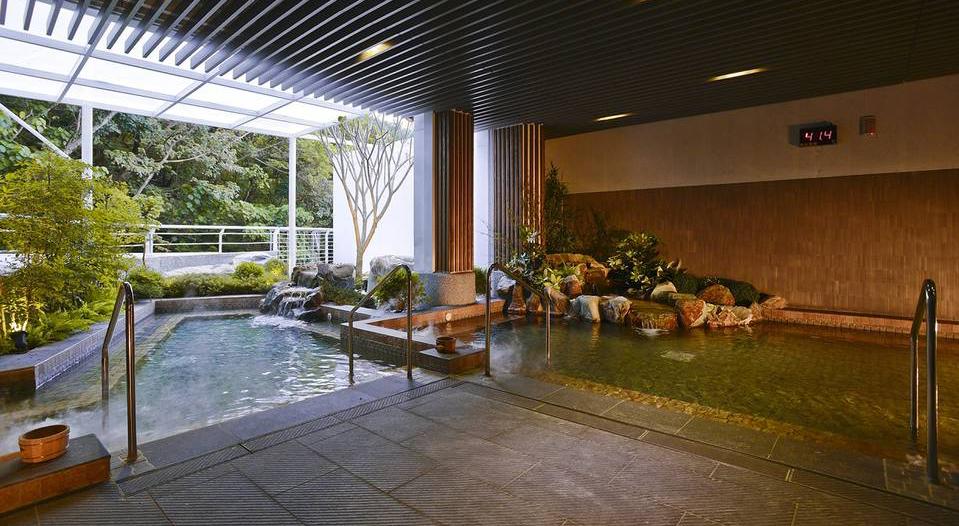 大地奇岩溫泉酒店