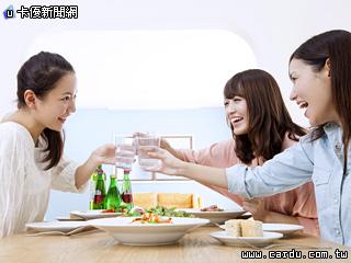 Shop&Dine點金白金卡優惠全面升級(圖/澳盛銀行 提供)