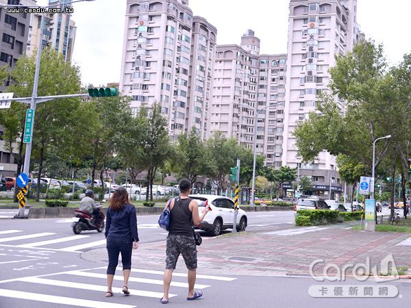 台北市1月交易件數881件,月減10.01%;交易總金額195.38億元,更較上月大減21.37%(圖/卡優新聞網)