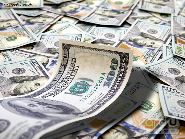 今年來,外資對台股淨買超額高達82億美元,不僅推升股市上漲8.2%,新台幣也升值了7.1%(圖/卡優新聞網)